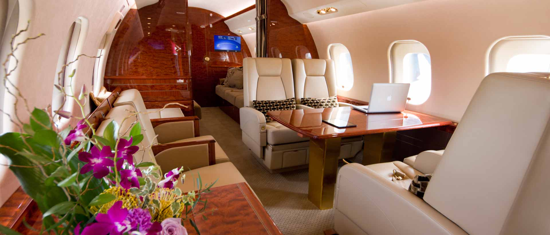 Global 6000 Interior Forward