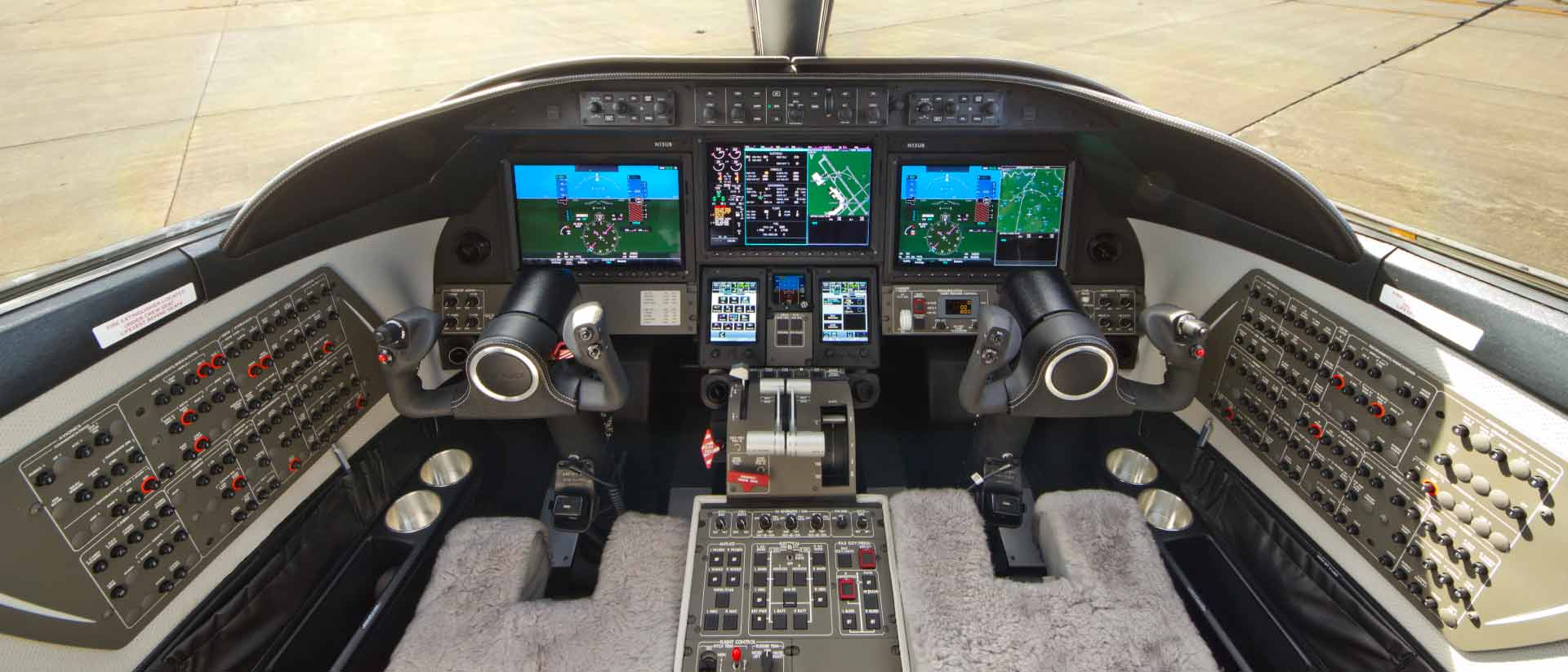 Bombardier Learjet 70 Flight Deck
