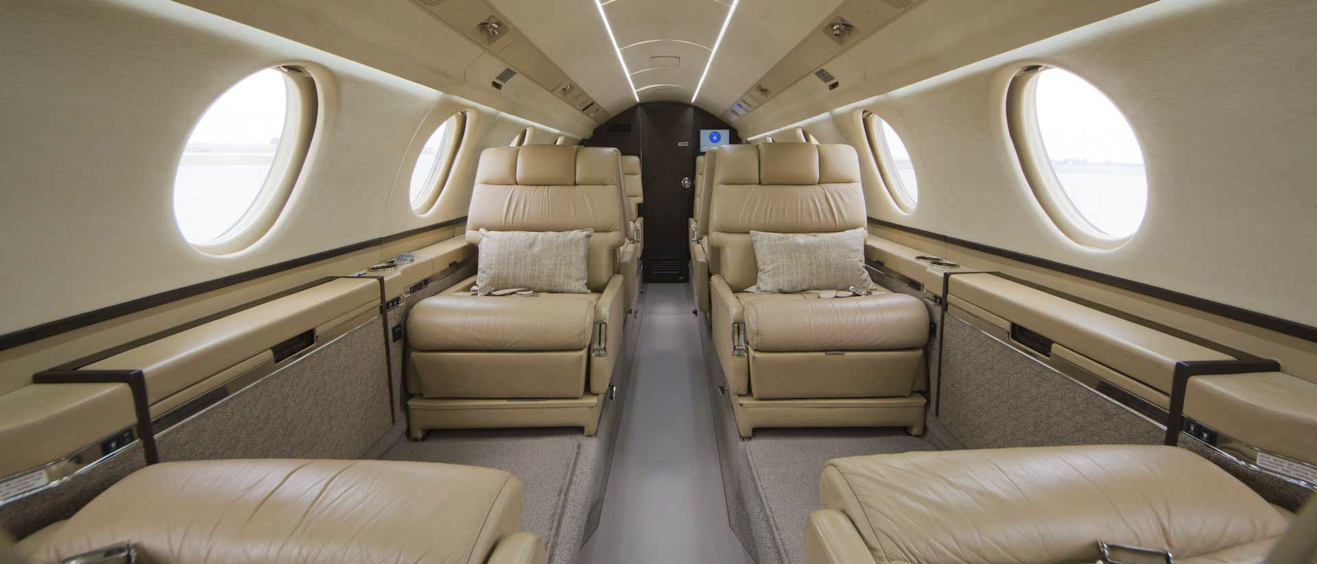 Falcon 20 Interior Forward