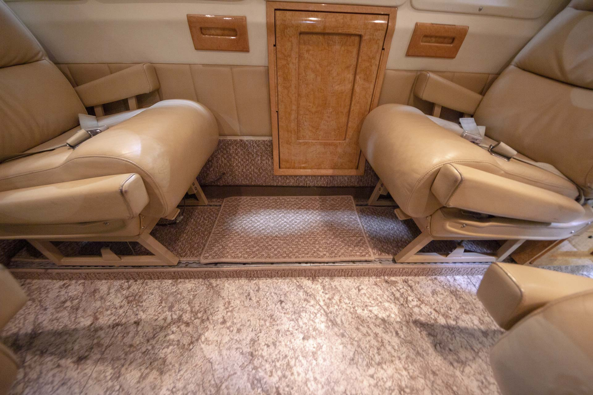 Kingair tile floor