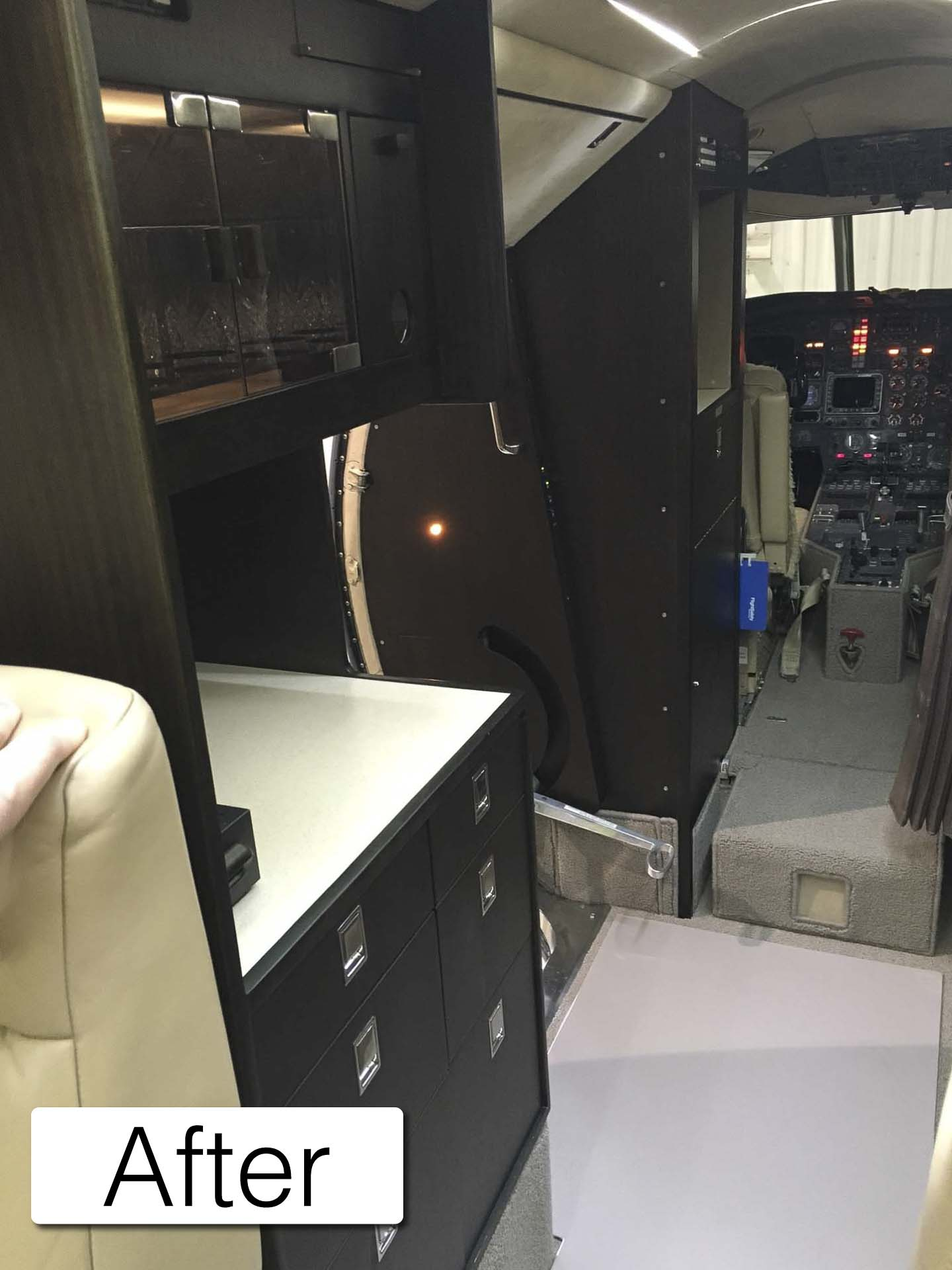 Falcon 20 after galley