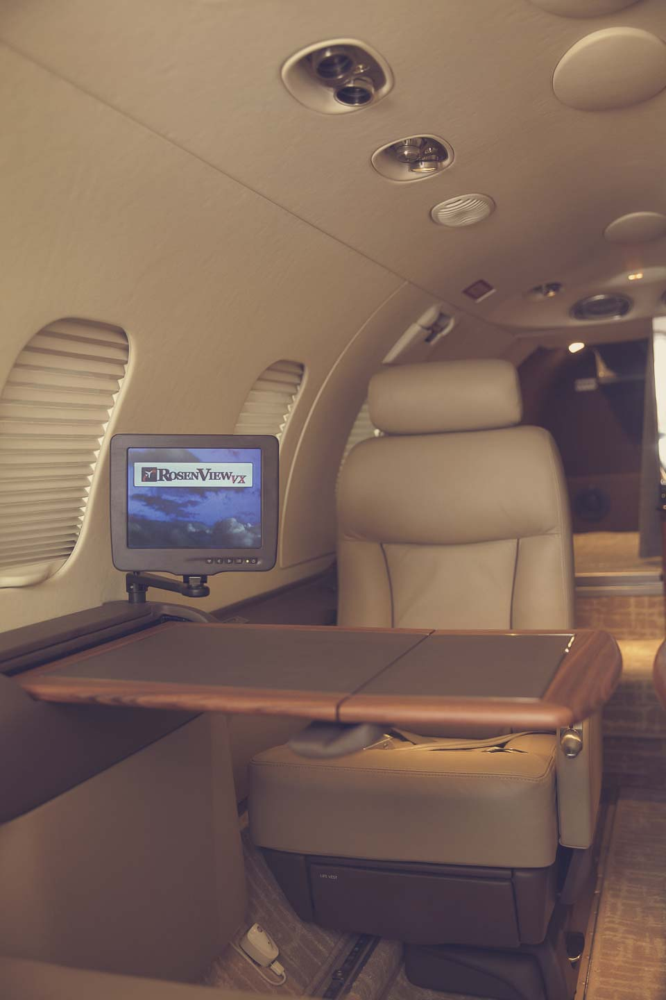 Learjet 31 table and monitor